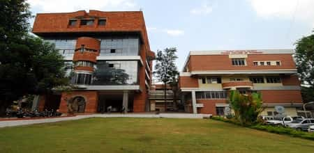 Poona College of Pharmacy, Erandwane, Pune