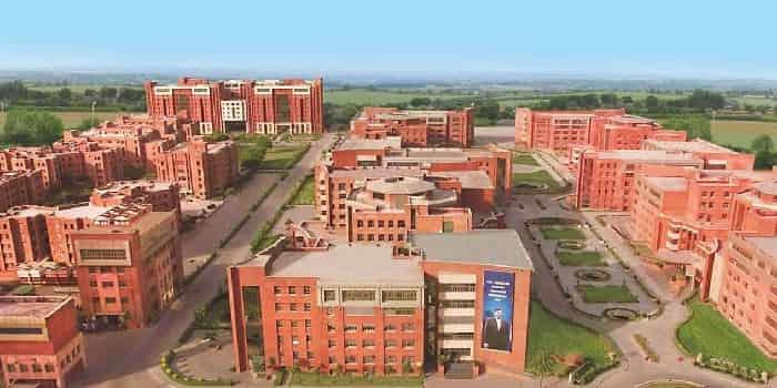 Amity School of Engineering and Technology Noida