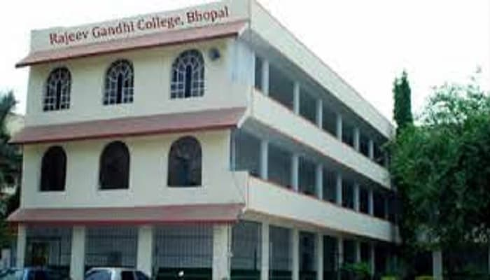 Rajiv Gandhi college of Physiotherapy Bhopal, Department of Physiotherapy Rajiv Gandhi College Bhopal, Rajiv Gandhi college of physiotherapy