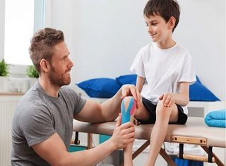 career in physiotherapy in hindi
