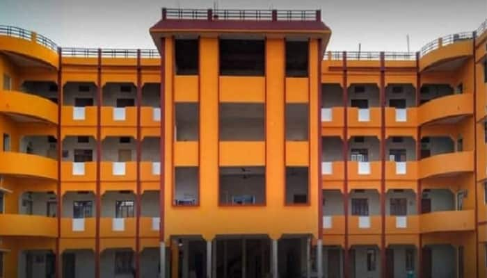 Shanti Ayurvedic College Ballia