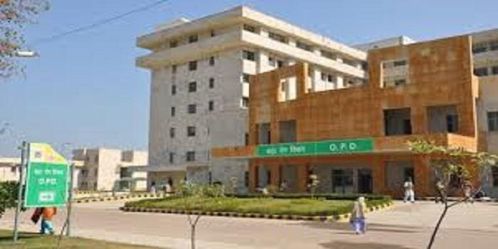 Khanpur Medical College